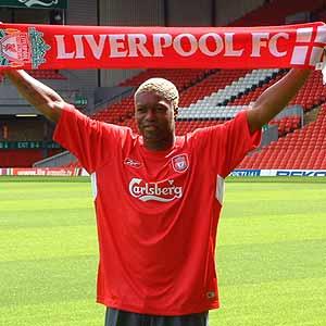 Djibril Cissé á Anfield, í nýja búningnum!