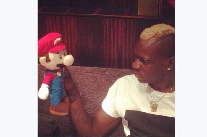 Mario_Balotelli_vs_Mario_Bros