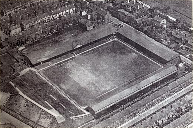 Anfield Road árin 1906 - 1928